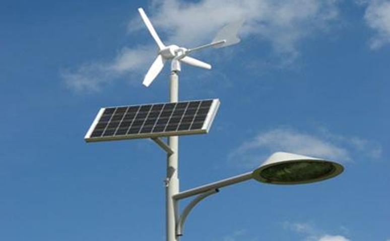 Lichtmast op zonne- en windenergie (bron: Gemeente Rotterdam)